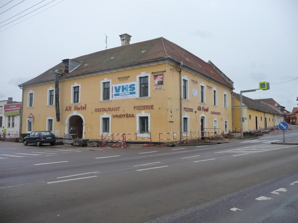 Rekonstrukce restaurace v Chvalovicích